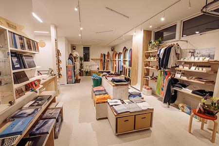 showroom_03[1].jpg